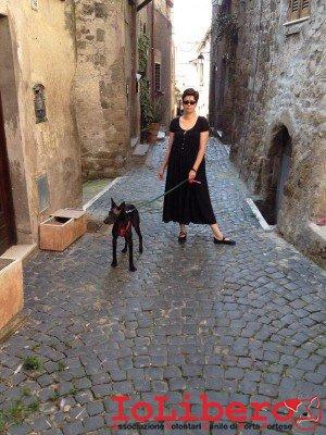 Passeggiando_per_il_borgo