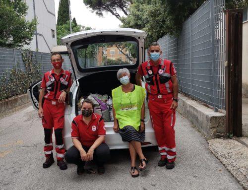 DONAZIONE DI CIBO DAL COMITATO AREA METROPOLITANA DI ROMA CAPITALE CRI